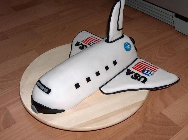 Admirable Space Shuttle Cake By Ivana Cakesdecor Personalised Birthday Cards Vishlily Jamesorg