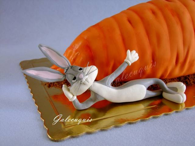 Carrot Cake Bugs Bunny And Daffy Duck Cake By Gardenia Cakesdecor Hecho con 100% hilado de acrílico hipoalergénico, fieltro y relleno. carrot cake bugs bunny and daffy duck