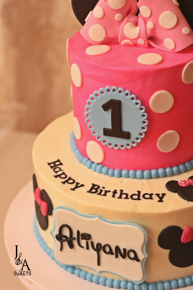 Amazing Aliyanas Minnie Mouse Cakes Cake By Ja Sweets Cakesdecor Funny Birthday Cards Online Kookostrdamsfinfo