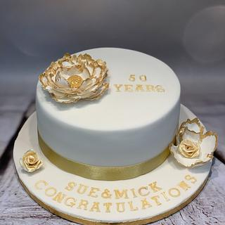 Golden wedding anniversary cake - Cake by Roberta