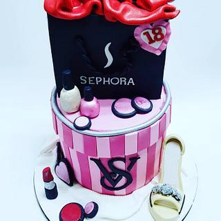 Designer birthday cake - Cake by Celebration cakes