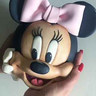 Minnie cake topper