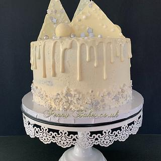 White Christmas  - Cake by Penny Sue