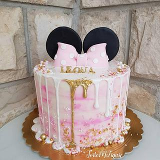 Minnie buttercream cake 🥰