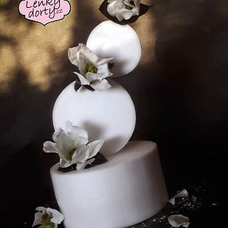 Gravity cake with magnolias (edible paper) - Cake by Lenkydorty