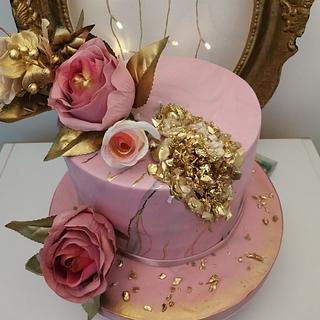 Deep Pink gold cake