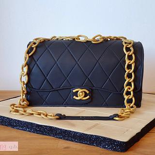 Chanel bag cake!