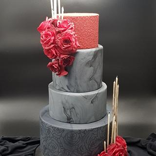 Gothic wedding - Cake by hscakedesign