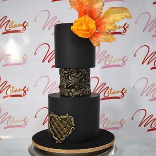 """Torta de gala """"Black and gold"""""""