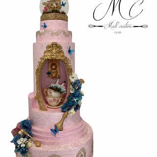 Wedding cake Alice wonderland