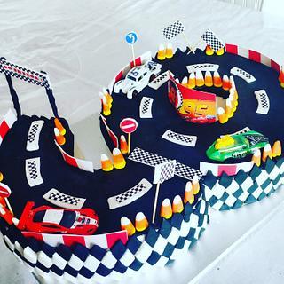 Birthday cake 9 - circuit car