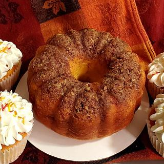 Rum cake and Jumbo Rum cupcakes
