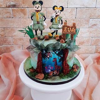 Minnie & Mickey in the jungle 🐒🦁