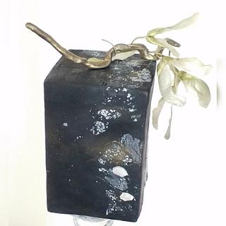 Black stone effect and maple fruits