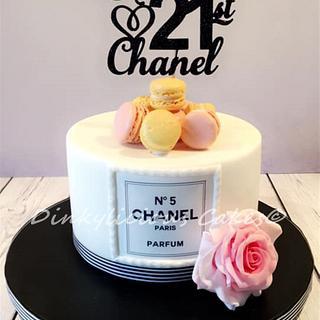 Chanel No5 Cake