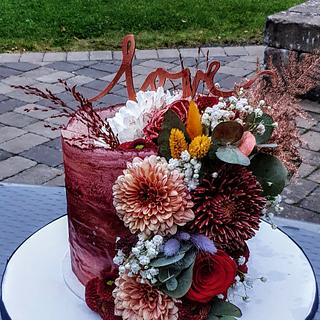 Wafer paper engagement cake