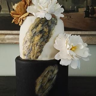 Cake black and white, peony and paint, gold dust - Cake by Federica Sampò
