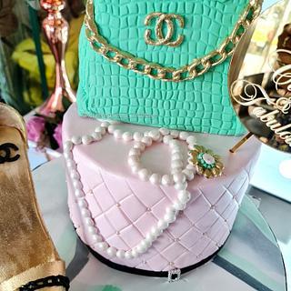 Chanel themed cake - Cake by FayePramraj