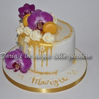 Gold drip cake - Cake by Daria Albanese