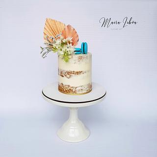 Naked  - Cake by Maira Liboa