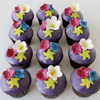 Tropics Cupcakes - Cake by Sugar by Rachel