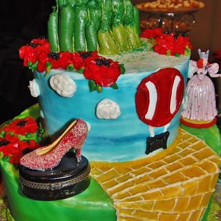 Wizard of Oz tiered cake