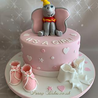 Dumbo  - Cake by Penny Sue