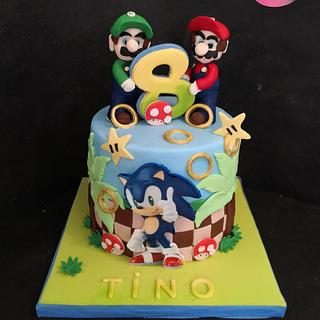 Mario and Sony cake - Cake by Ruth - Gatoandcake