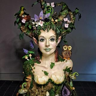 """Mother nature"" 93 cm bust cake"