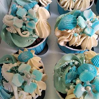 Birth cupcakes - Cake by Cups'& Cakery Design