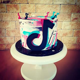 TikTok 🥳 - Cake by Cakes_bytea