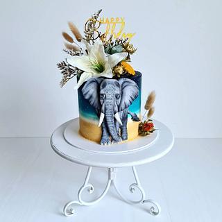 Olivia, the elephant - Cake by Cakexcite