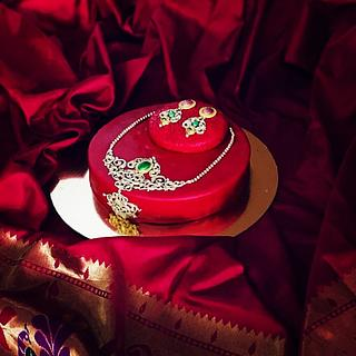 Jewellery themed cake