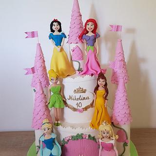 Princess castle cake - Cake by Torte Panda