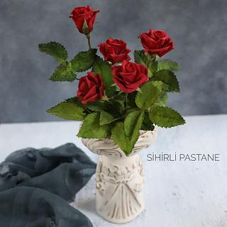 Wafer Paper Red Roses - Cake by Sihirli Pastane