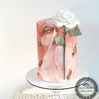 Marble and Rose  - Cake by Silvia Caballero