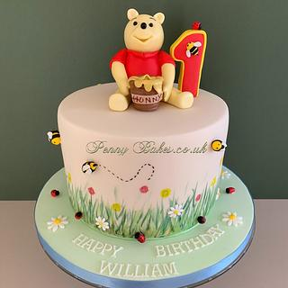 Winnie the Pooh - Cake by Penny Sue