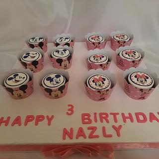 """""""Minnie & Mickey Mouse cupcakes """""""
