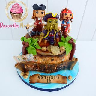 PIRATAS DEL CARIBE FUNKOS - Cake by Danecita Medina