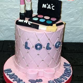 Makeup cake - Cake by Maro Cakes