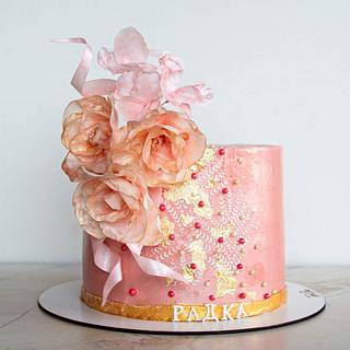 Pink gold cake with fantasy flowers - Cake by TortIva
