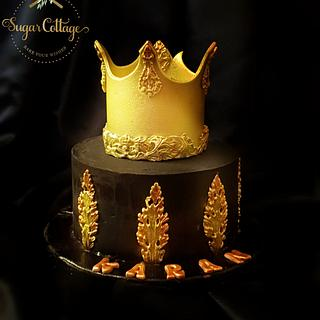 Crown cake - Cake by Sugar cottage by pooja