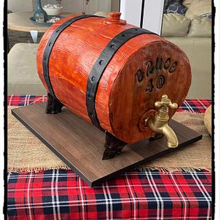 Working whiskey barrel  - Cake by Rhona
