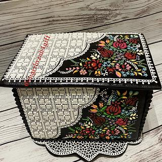 3D cookie box with Hungarian pattern