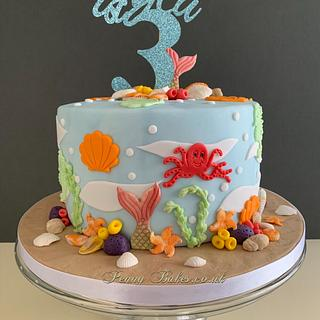 Under the sea! 🐟🐬 - Cake by Penny Sue