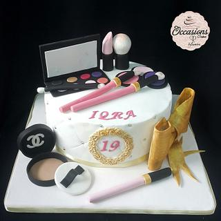 Makeup cake - Cake by Occasions Cakes