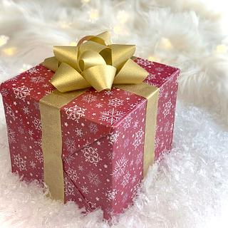 Gift box cake  - Cake by Buttercut_bakery