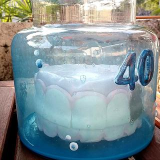 Tooth in the glass