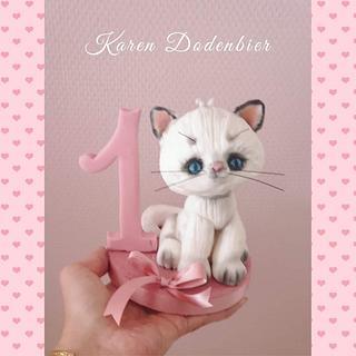 Kitten topper