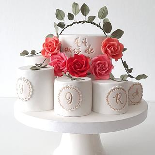 Mother and sons - Cake by Silvia Caballero
